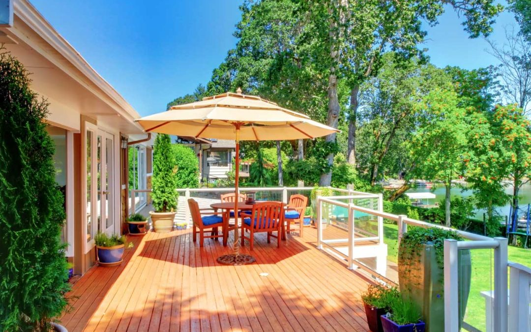What To Look For When Hiring A Deck Builder